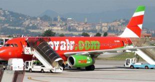 Un aereo della compagnia vicentina Myair.com - Foto di Luigi Chiesa (CC BY 3.0)