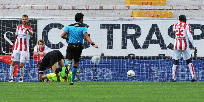 Il gol della Pro Vercelli, segnato da Comi