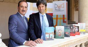 Andrea Tomat (Presidente del Comitato di Gestione del Premio Campiello ) e Matteo Zoppas (Presidente della Fondazione Il Campiello - Confindustria Veneto) con la cinquina e l'opera prima