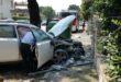 Vicenza, auto contro un palo e poi a fuoco