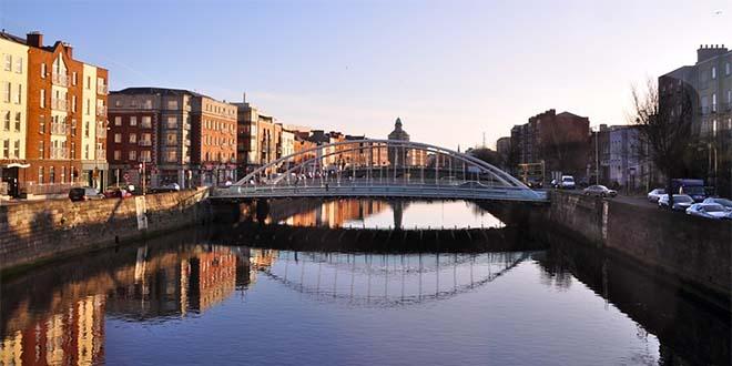 Dublino, Irlanda, città dove hanno sede i colossi del web...