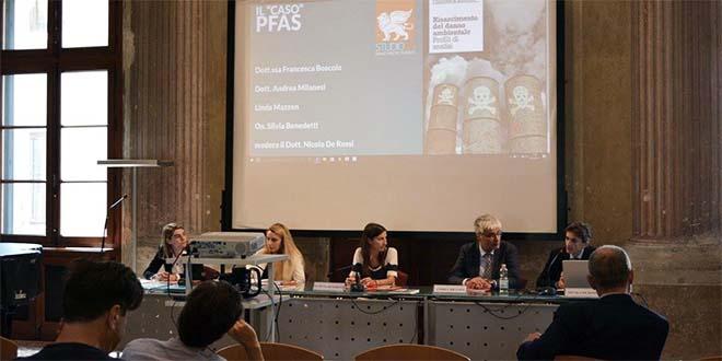 Il tavolo del convegno sui Pfas organizzato da Studio 3A il 24 giugno scorso a Vicenza