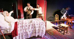 """Immagine tratta dallo spettacolo """"El garofalo rosso"""", della compagnia La Trappola, di Vicenza"""