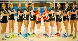 La formazione dell'Anthea Volley Vicenza, in una foto di Paolo Rugiero