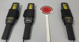 I nuovi metal detector in dotazione alla polizia locale dei Castelli