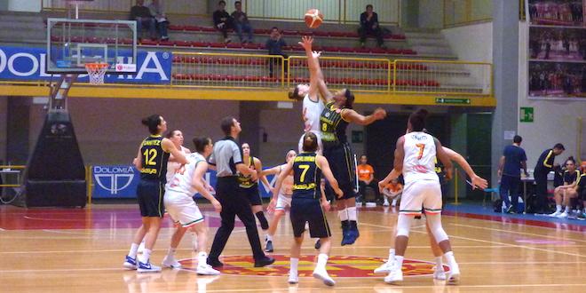 Basket, vittoria per Schio contro Fenerbahce