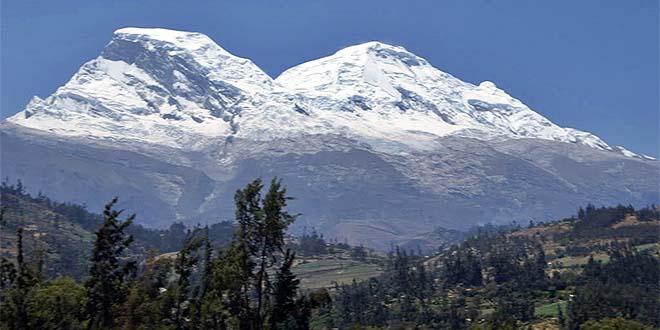Il Nevado Huascaran, nelle Ande peruviane - Foto di Suizaperuana (CC BY-SA 3.0)