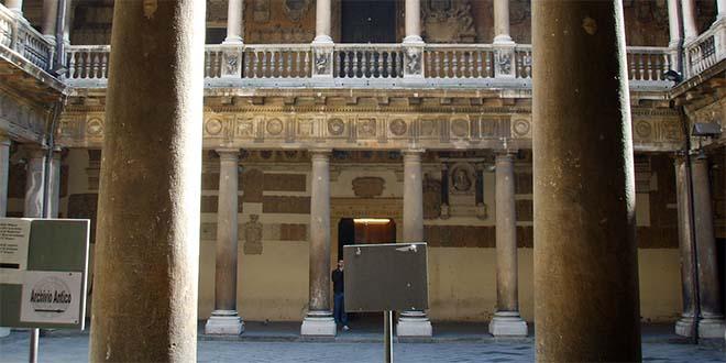 Università di Padova, il cortile di Palazzo Bo - Foto: Sailko (CC BY 2.5)
