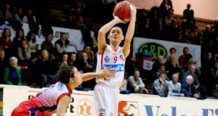 11 punti a referto per la guardia biancorossa, Valentina Stoppa, contro Cagliari