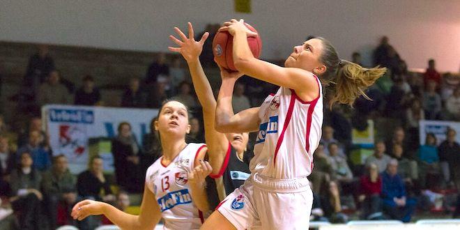 Federica Destro, play della VelcoFin Vicenza, al tiro. Quattro punti per lei contro Albino