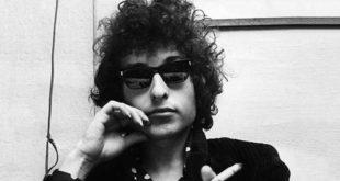Un giovane Bob Dylan negli anni '60