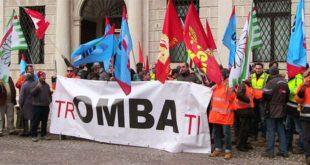 Una delle proteste per la vertenza Omba, nelle settimane scorse, a Vicenza