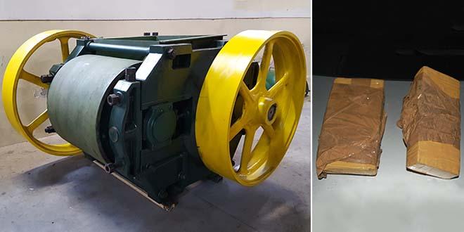 La macchina laminatrice usata per il traffico di droga e la cocaina che era nascosta al suo interno