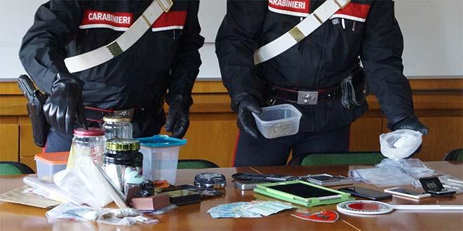 Bassano, cocaina e marijuana in casa. Due arresti