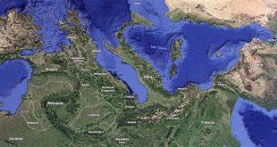 Italia stravagante (Immagine di Google Maps, capovolta naturalmente…)