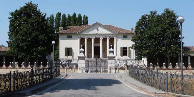 Villa Badoer, a Fratta Polesine, colpita da un nubifragio che ha danneggiato il muro di cinta - Foto di Marcok (CC BY-SA 3.0)