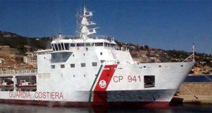 """Il pattugliatore della Guardia Costiera """"Diciotti"""" - Foto Arpat (CC BY-SA 2.0)"""