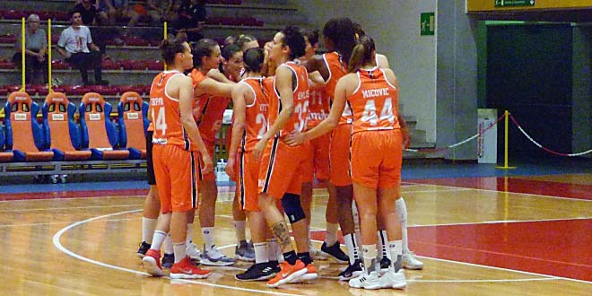 Basket, vittoria e secondo posto in classifica per Schio
