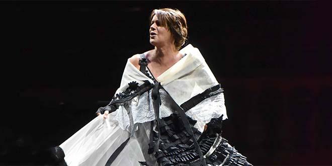 Teatro, Lella Costa apre la stagione di Lonigo