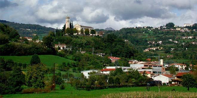 La frazione trissinese di Lovara (Foto di Piero Rasia)