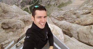 Marco Camposilvan, in una bella foto tratta dal suo profilo Facebook. E' morto il giovane operaio folgorato su un traliccio