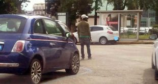 Parcheggiatori abusivi all'ospedale San Bortolo di Vicenza...