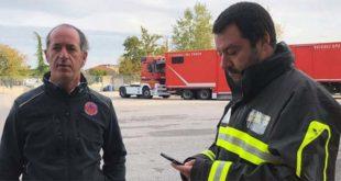 Il vicepremier Salvini con Zaia, ieri in sopralluogo nelle zone del Veneto devastate dal maltempo