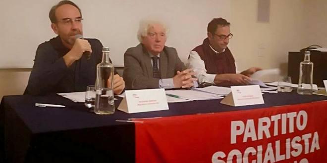 Luigi Giordani (segretario Psi Venezia), al centro, ha presieduto i lavori della conferenza