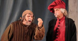 """Gli attori della compagnia veronese La Barcaccia in scena con """"La serva amorosa"""""""