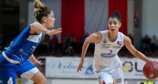 14 punti per la lunga croata Ivona Matic contro Varese