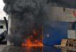 Azienda in fiamme. Paura per colonna di fumo nero