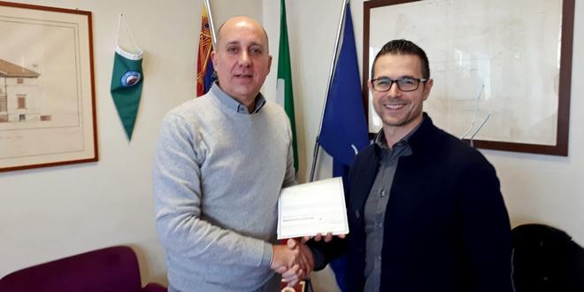 Nicola Ferronato, a sinistra, assieme a Stefano Pattaro, della cooperativa Il Cigno, di Cresole