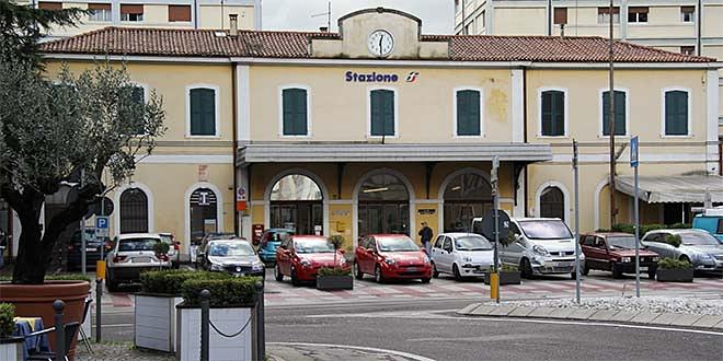 I carabinieri di Schio hanno individuato e fermato il ricettatore in stazione