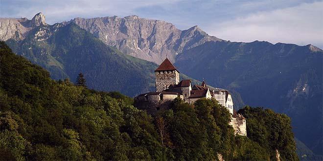 Vaduz, Liechtenstein. Il castello - Foto Michael Gredenberg (CC BY-SA 3.0)