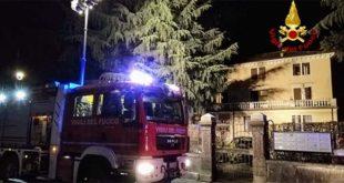 Schio, incendio in una casa. Un 28enne intossicato