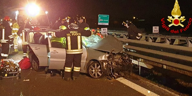 carrello-incidente-autostrada-a4