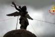Chiuppano, fulmine sulla statua di San Michele