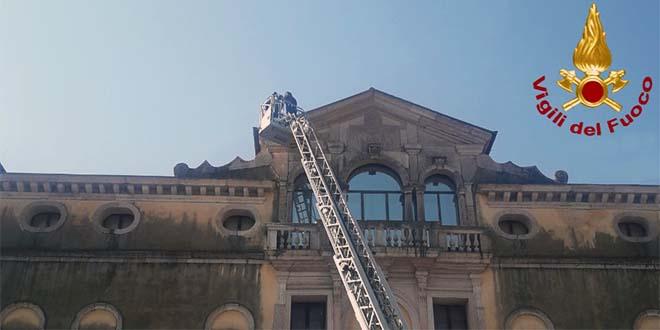 Cadono calcinacci dal museo civico di Bassano