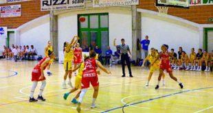 11 punti per Francesca Santarelli contro Albino