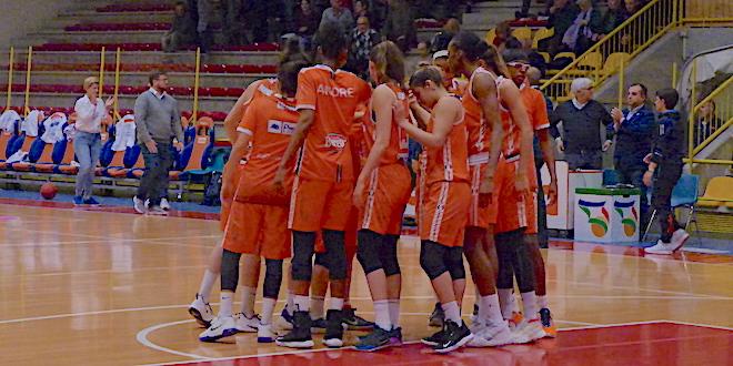Basket, Schio lotta ma lascia i 2 punti a Sopron