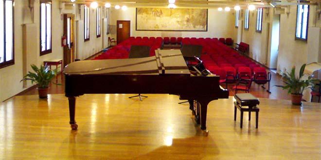 """Parte larassegna""""Igiovani pianisti delPedrollo"""""""