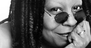 Whoopi Goldberg (Foto di Timothy White)