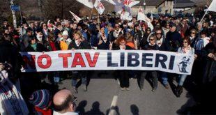 Una manifestazione No Tav in Val di Susa (Foto di Diego Fulcheri - CC BY-ND 2.0)