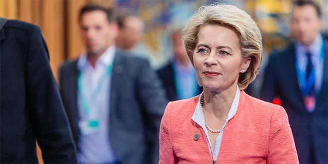 Ursula von der Leyen - Foto di Arno Mikkor (CC BY 2.0)