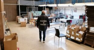 Rossano Veneto sequestro laboratorio