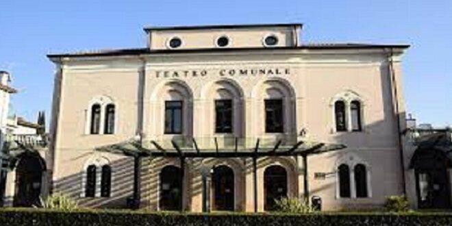 """Thiene teatro """"Romeo e Giulietta"""""""