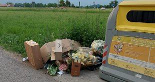 Malo abbandono rifiuti