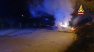 Zermeghedo: incendio di un'autovettura