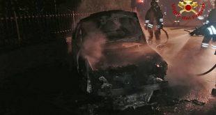 Montegalda: incendio di un'autovettura